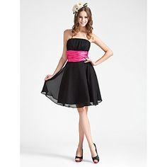A-line Strapless Knee-length Chiffon Elastic Woven Satin Bridesmaid Dress – US$ 99.99