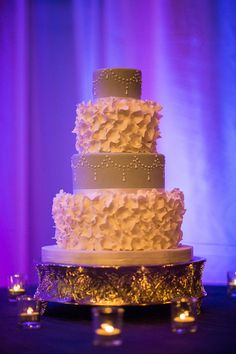 Wedding Cake round petals edmonton