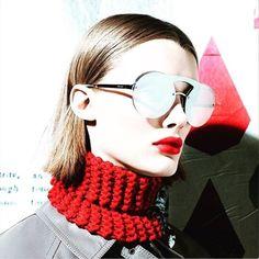 Como nos gusta lo nuevo de PRADA. #sunoptica #gafas#sunglasses #gafasdesol #occhiali #occhialidasole #sunnies#sunnieseyewear #optica #eyewear #instagood #instaglasses #iloveglasses#gafasnuevas #Prada #pradaeyewear