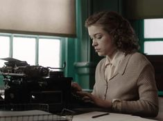 1940s Chic in Red Joan & The Aftermath – Sophie Cookson, English Army, The Guernsey Literary, Dancing On The Edge, Tom Hughes, Emerald Green Dresses, The Sydney Morning Herald, Judi Dench, Historical Artifacts