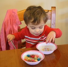 Toddler Activity~ Bowl of Water and Beads {Fine Motor Activity}