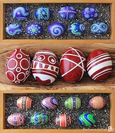 Painted Easter Eggs / How to paint eggs / Ostereier bemalen #DIY #Tutorial