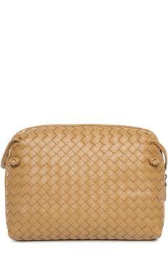 Женская коричневая кожаная сумка messenger с плетением intrecciato Bottega Veneta, сезон FW 15/16, арт. 245354/V0016 купить в ЦУМ | Фото №1