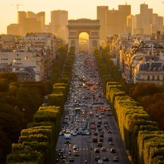 sunset over the champs-elysees #ouioui #millyny