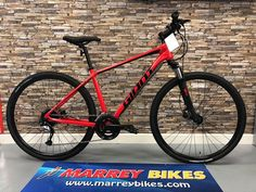 NOW € in stock at Marrey Bikes Smooth roads, rough roads, dirt paths or trails, Roam Disc keeps you rolling in comfort and style. Road Bikes, Mtb, Bicycles, Roads, Mountain Biking, Paths, Smooth, Racing, Vehicles