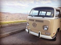 It's a beautiful weekend and a perfect chance to enjoy the Blue Ridge Parkway! #maggiethebus loves her some sunshine!  #thebusbooth #ashevillenc #vwbusphotobooth #vwbus #ashevillevw