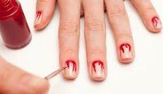 Decorado de #uñas para #Halloween con efecto sangre. #manicura #nailsart #nailsHalloween #uñasDecoradas