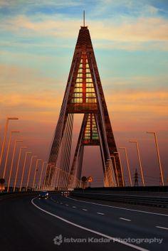 ..._Megyeri Bridge, HUNGARY