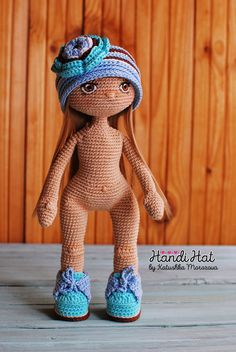 ♥ ♥ HandiHats ♥ ♥ by Katushka Morozova. Crochet Amigurumi, Crochet Doll Pattern, Crochet Stitches Patterns, Amigurumi Doll, Doll Patterns, Crochet Doll Clothes, Knitted Dolls, Crochet Dolls, Crochet Baby