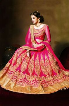 1e21f300a4c1 Get the tag of gorgeous looking at your wedding by choosing a bridal lehenga  on rent ...