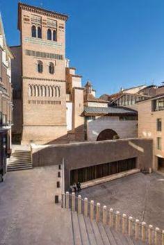 La plaza de los Amantes en Teruel [Recurso electrónico] / José Ignacio Linazasoro. En: Zarch (ISSN 2341-0531), n. 4 (2015 Noviembre) / ES / Artículos / RE / Open Access / Aragón / Plaza Amantes (Teruel) / Plazas / Teruel / Urbanismo