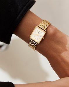 Gold women s watch - Gold stainless steel strap The Boxy Rosefield Watches Bijoux Design, Kelly Bag, Seiko Watches, Watch Brands, Hermes Kelly, Quartz Watch, Fashion Watches, Women's Accessories, Bracelet Watch