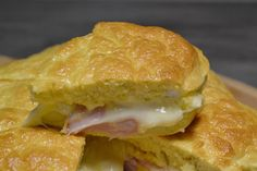 Moelleux à la raclette Omelette, Frittata, Dips, Cuisine Diverse, Entrees, Hamburger, Sandwiches, Food And Drink, Pizza