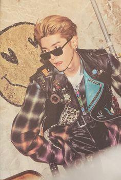 Lee Taeyong, Nct 127, Nct Life, Kpop Aesthetic, Asian Boys, Boyfriend Material, K Idols, Jaehyun, Nct Dream