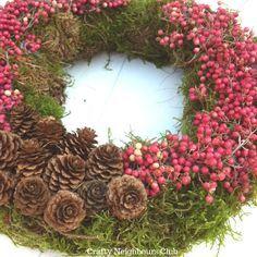Mooskranz Christmas Wreaths, Christmas Crafts, Christmas Decorations, Holiday Decor, Craft Fairs, Grapevine Wreath, Floral Design, Art Floral, Fall Decor