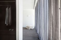 Malvern House by Lubelso: Contemporary Cutting-Edge House Design: Stunning Walk In Closet Design With Bright Interior In Contemporary Archit. Design 24, House Design, Malvern House, Teak, Walk In Closet Design, Melbourne House, Home Decor Items, Home Decor Inspiration, Custom Homes