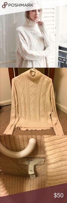 Joie mock turtle neck sweater Joie mock turtleneck sweater in cream, Size Medium. EUC! Joie Sweaters Cowl & Turtlenecks