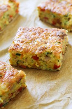 This quick, easy and healthy Zucchini and Bacon Slice is so versatile. Meal prep a batch for the week and use it for breakfast, lunch or dinner! This zucchini slice with bacon is great served hot or cold, so you can also pop it into kids lunch boxes. Zucchini Slice, Healthy Zucchini, Omelette Legume, Savoury Slice, Vegetable Slice, Yellow Squash Recipes, Healthy Slice, Zuchinni Recipes, Baked Vegetables