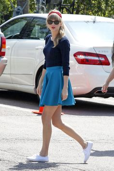 Taylor Swift - Taylor Swift Films a Music Video in Los Angeles