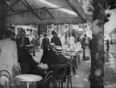 CAFE TORTONI c.1900