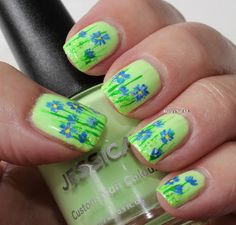 Marias Nail Art and Polish Blog: Flowers in the lime light