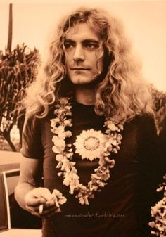 http://custard-pie.com/ Robert Plant | Led Zeppelin Vocalist |Golden God. #LedZeppelin