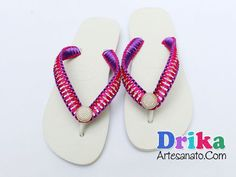 Chinelos Decorados com Strass Flip Flops, Slippers, Couture, Sandals, Sewing, Creative, Shoes, Women, Fashion