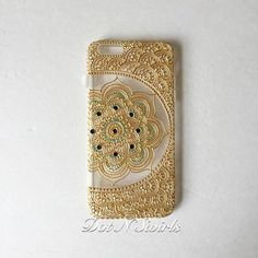 I phone plus,XS case decorated with Gold henna Lotus Mandala/Crystal Clear/TPU bumper/henna phone case/gold case/personalized/custom mad Henna Mandala, Lotus Mandala, Mandala Art, Phone 7, Diy Phone Case, Phone Cases, Gold Henna, Henna Diy, Henna Phone Case