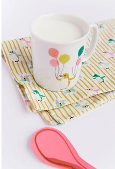 petit-retro-penguin mug and napkin
