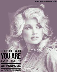 #WomenInBusiness #StrenghInBeauty #LookinGoodGirl