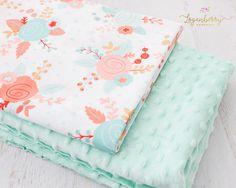 Minky Baby Blanket Tutorial + Free Pattern, how to sew minky blanket, faux fur baby blanket, fleece blanket tutorial, things to sew for baby