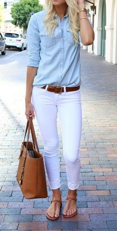 Casual denim outfits - 39 How To Wear White Jeans for Women Casual Outfit How To Wear Belts, How To Wear White Jeans, Womens White Jeans, White Denim Jeans, White Skinnies, Blue Denim, White Skinny Jeans, Jeans Women, Denim Top
