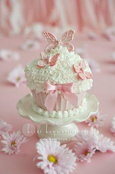 girlie cake by peonyrose