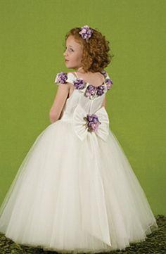 f7a587c94 niñas pequeñas vestidas de princesas - Buscar con Google
