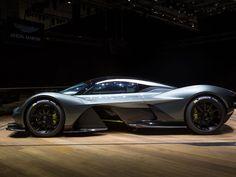Aston Martin Valkyrie tears its way into Geneva - Roadshow