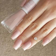 Want some ideas for wedding nail polish designs? This article is a collection of our favorite nail polish designs for your special day. Wedding Nail Polish, Wedding Nails, Nude Nails, Pink Nails, Nail Polish Designs, Nail Art Designs, Uñas Fashion, Nail Ring, Manicure E Pedicure