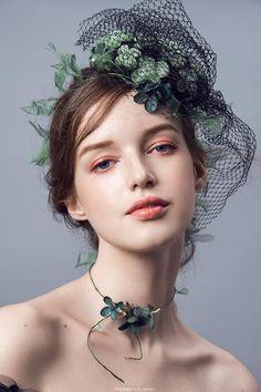 Beauty portrait image by Yanwen Green on model Foto Portrait, Portrait Images, Beauty Portrait, Female Portrait, Beauty Photography, Portrait Photography, Fashion Photography, Girl Face, Woman Face