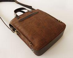 basader: Women's Umber Cork-Bark & Leather Tote. $190.00, via Etsy.