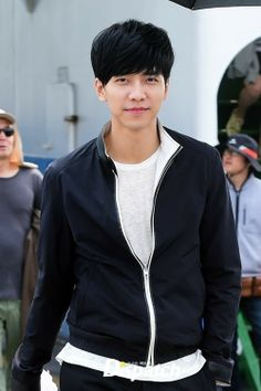 Lee Seung Gi Injured on the Set of You're All Surrounded and SBS Preempts Wednesday Episode | A Koala's Playground
