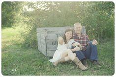 Melissa Copeland Photography // http://www.melissacopeland engagement session / apple orchard engagement session / country engagement session / couples posing