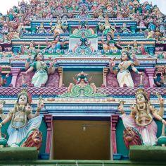 Entrance 01_16  #lanka #srilanka #jaffna #nainativu #tamil #travelblog #travelwriter #passportready #passionpassport #photoftheday #vacation #couchsurfing #travelgram #igtravel #instago #natgeotravel #natgeo #visiting #adventure #backpacker #mochilero #travel #travelling #faith #hindu #temple by libertadviajera