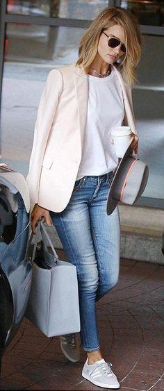 blazer. tee. skinny jeans. street style. (Beauty Fashion White Sneakers)