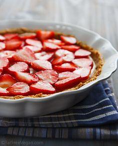 No-Bake Vegan Strawberry Pie