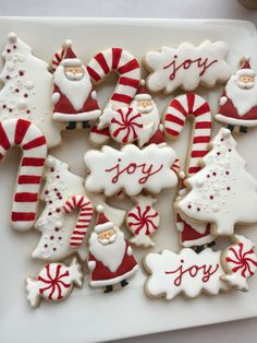 Christmas Cookies Royal Icing Mint sugar cookies/ cookie mix : Here are some ideas for your upcoming christmas holiday cookies and shop for the best cookie mix you can find Easy Christmas Cookie Recipes, Christmas Sugar Cookies, Christmas Sweets, Christmas Cooking, Noel Christmas, Holiday Cookies, Simple Christmas, Holiday Treats, White Christmas