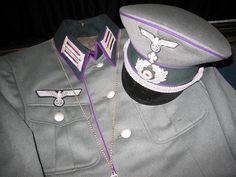 Uniforme de prêtre de la Wehrmacht dans un musée