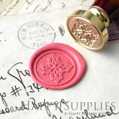 1pcs Decorative pattern Gold Plated Wax Seal Stamp (WS265) by HappyJewelrySupplies on Etsy https://www.etsy.com/listing/201317026/1pcs-decorative-pattern-gold-plated-wax
