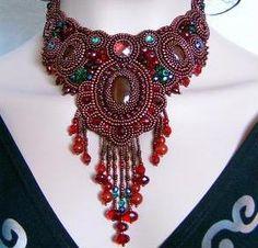 """Dark Chocolate"" necklace, the winning design in the Artbeads.com Jewelry Design Star contest."