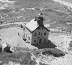 Block Iisland Lighthouse  RI #SoNElighthouse, #SoRI