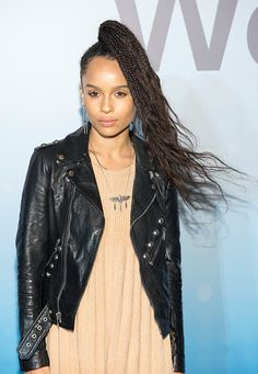 Best in braids! Try out these knotted and twisted hair-dos this fall—Zoe Kravitz Cute Braided Hairstyles, Braided Ponytail, Afro Hairstyles, Spring Hairstyles, Trending Hairstyles, Zoe Kravitz Braids, Lenny Kravitz, Inspo Cheveux, Natural Hair Styles