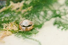 Simple engagement rings shopping info: Need help tracking down that perfect engagement ring? We're here to help you make the right decision! This Free guide of ours has help many make a decision fast and easy. Perfect Engagement Ring, Gold Engagement Rings, Wedding Engagement, Wedding Bands, Gold Wedding, Wedding Ring, Dream Wedding, Engagement Ring Photography, Rings 2017